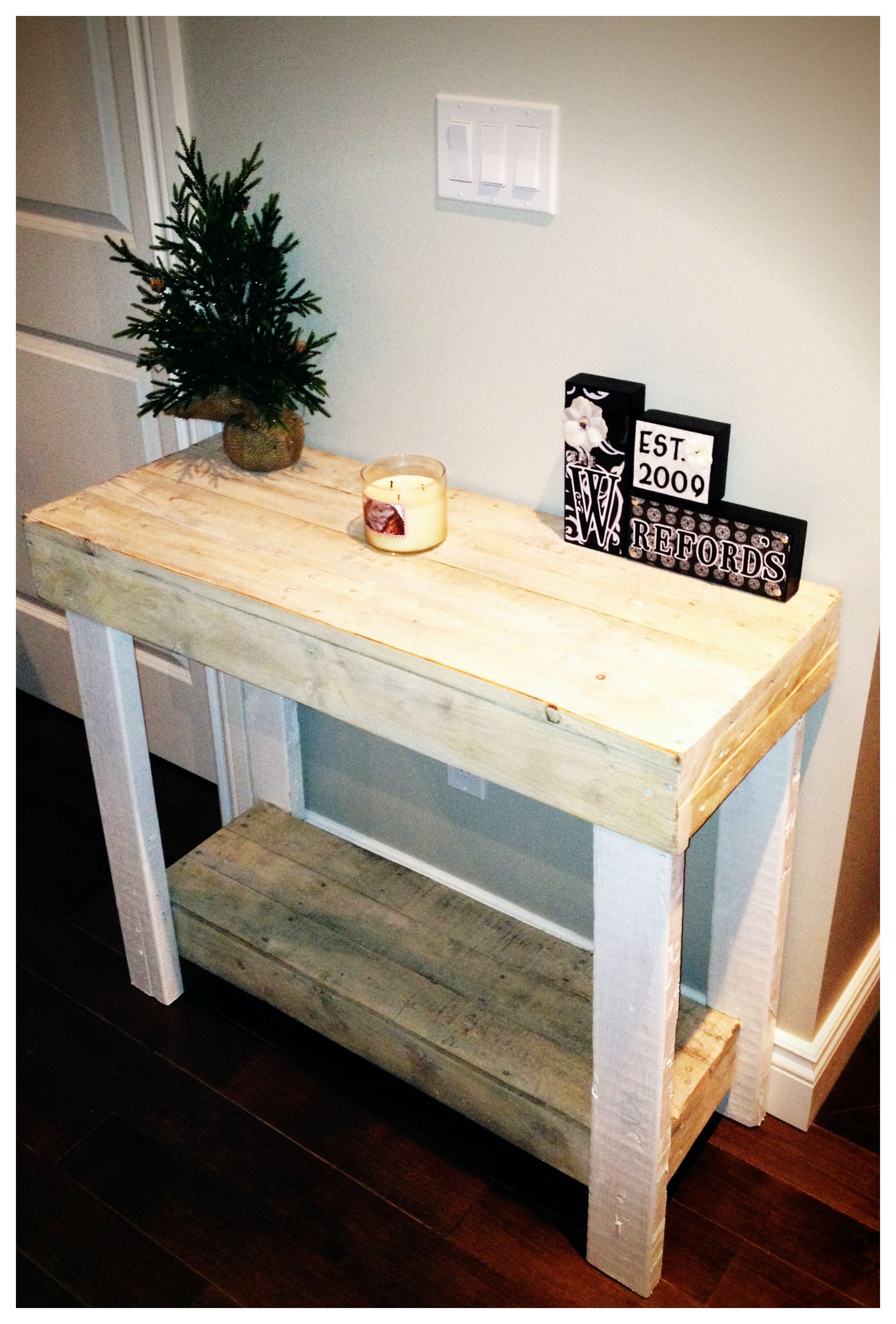 Wood Pallet Console Table With White Wash Finish Pallet 2×4  # Console Palette