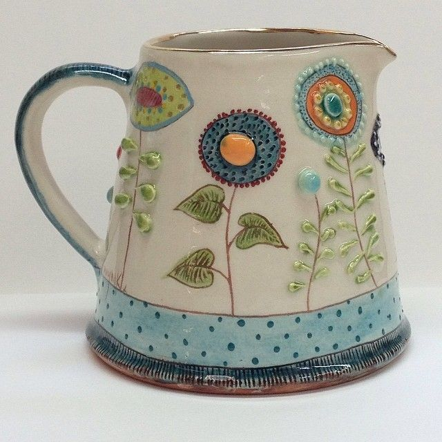 Space Daisys milk jug. 2/3 pint . This is my favourite piece of this order . Al