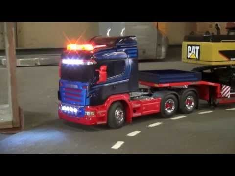 ▶ SCANIA HEAVY TRANSPORT LOWBED CATERPILLAR 345 - YouTube