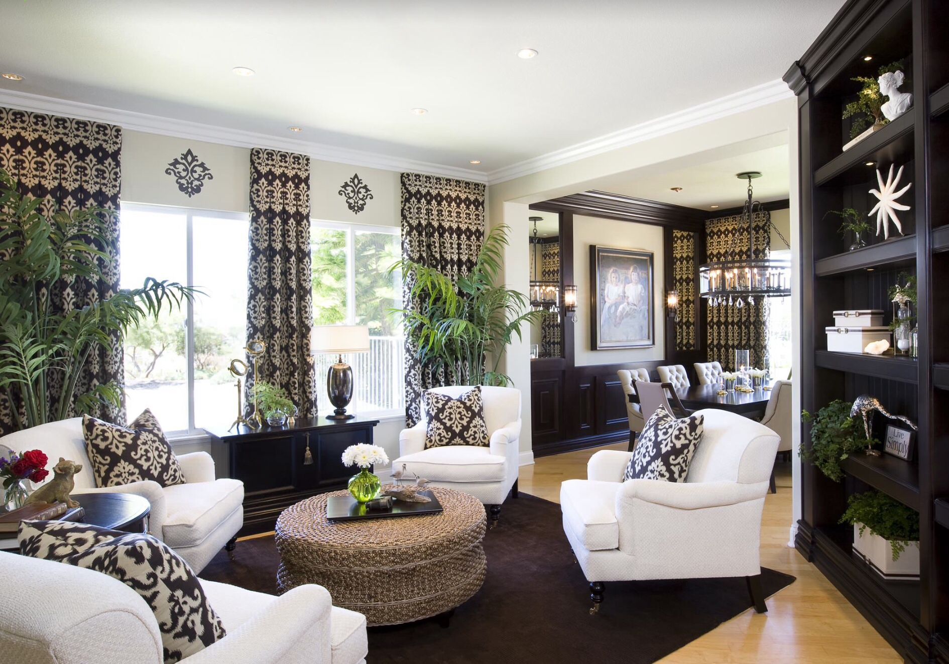 Best Black White Nice Traditional Family Rooms Living 400 x 300
