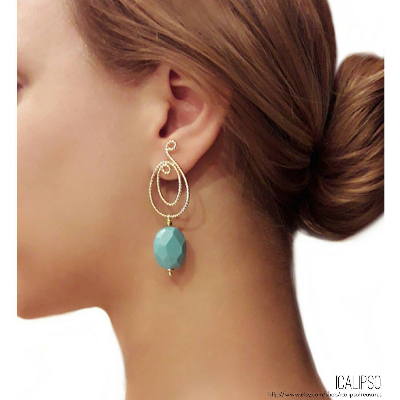 Turquoise jewelry, turquoise earrings, beaded earrings, beaded jewelry, statement jewelry, boho jewelry, boho earrings, gold earrings, di ICALIPSOTreasures su Etsy