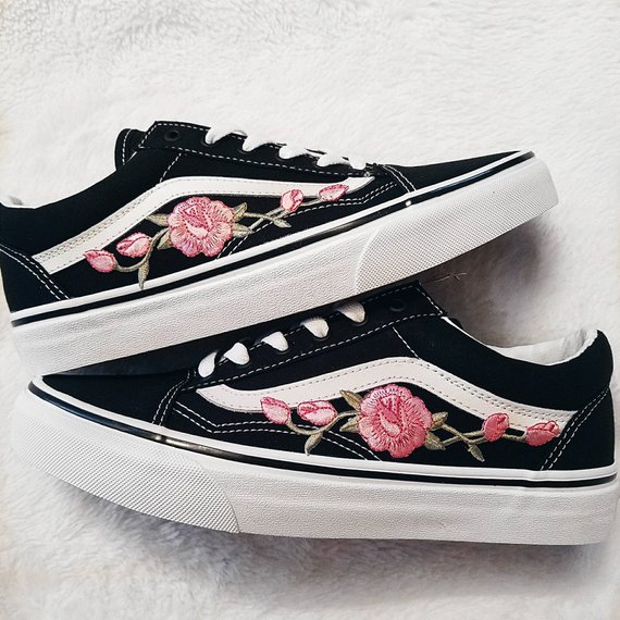 Rose Buds Pink/Blk Unisex Custom Rose Embroidered-Patch Vans Old ...