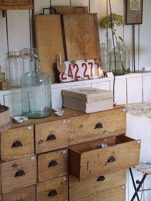 Meuble D Atelier Meuble Industriel Brocante Deco Vintage Brocante Decoration Industrielle My French Country Home French Country House French Furniture