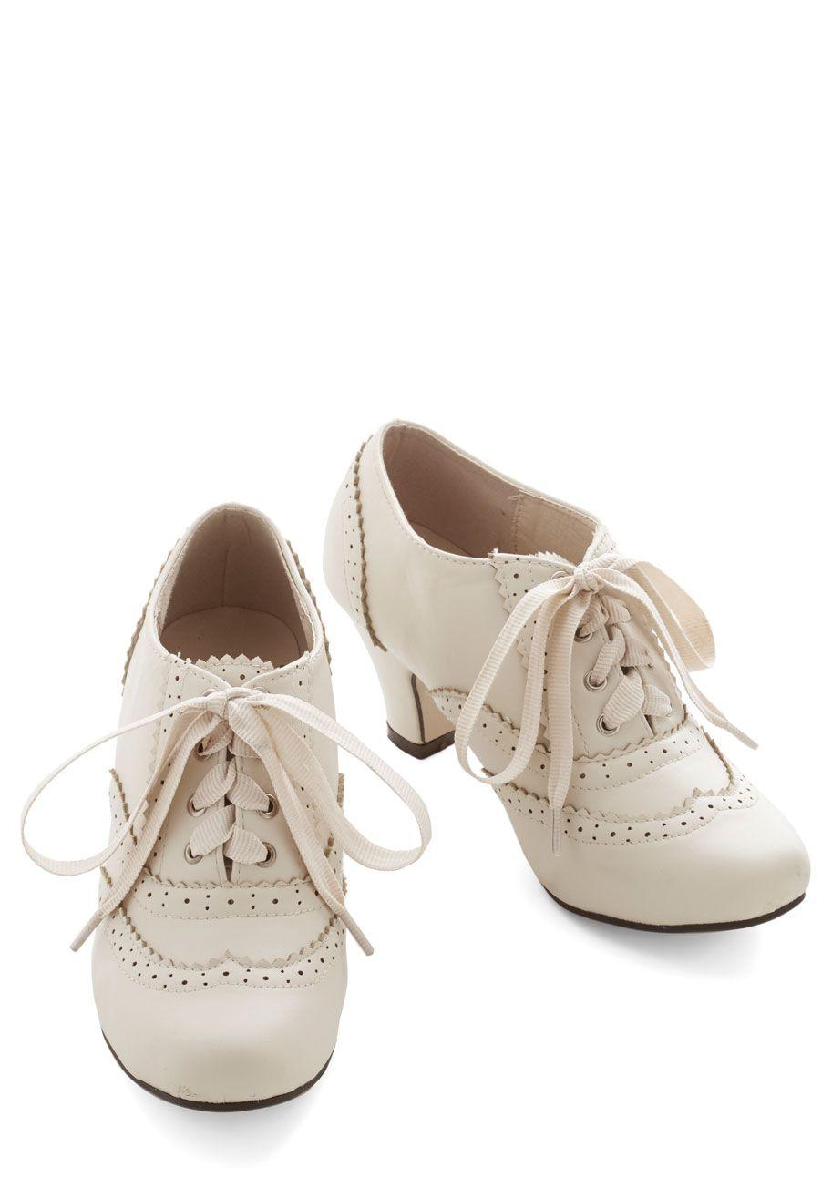 Dance Instead of Walking Heel in Cream | Mod Retro Vintage Heels | ModCloth.com
