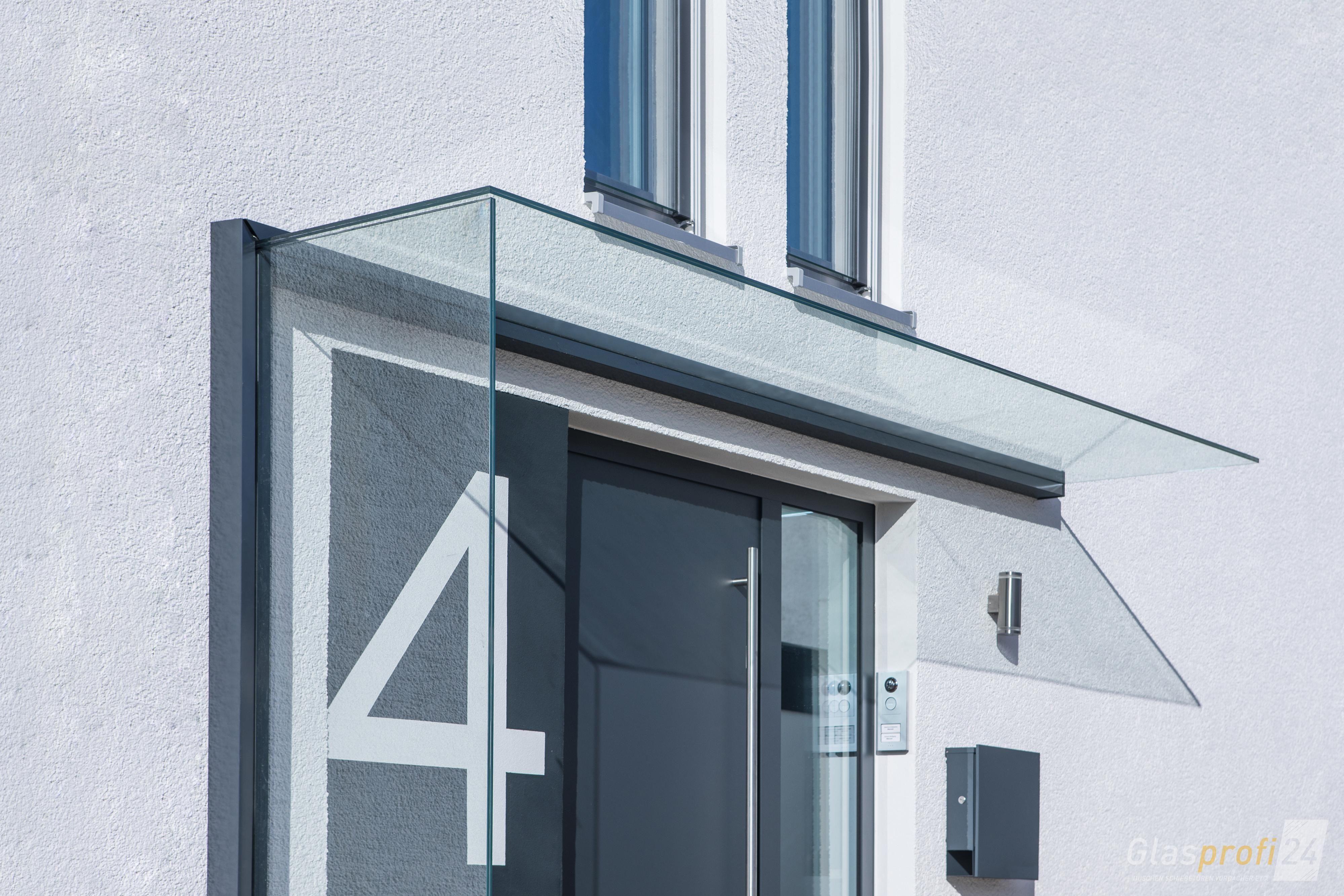 Glas Vordach Duravento Mit Integriertem Seitenwindschutz Haus