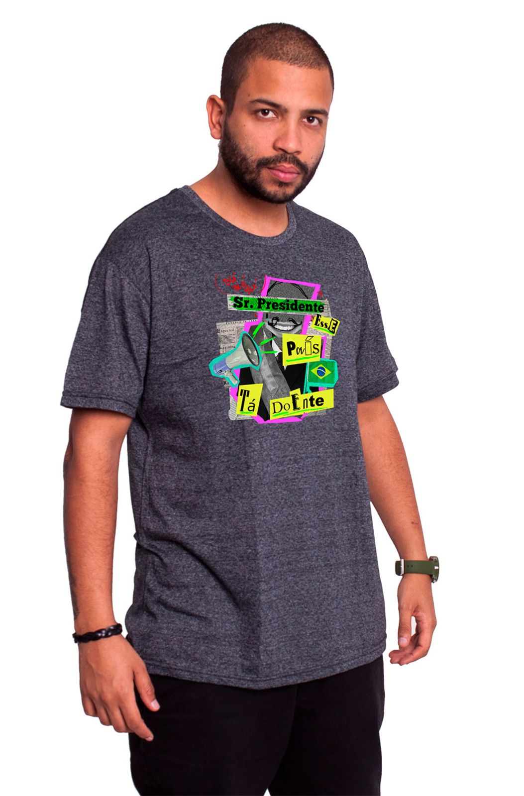 1a14fc841 Camiseta Gola U Fanzoca Manga Curta Cinza Projota Sr. Presidente ...