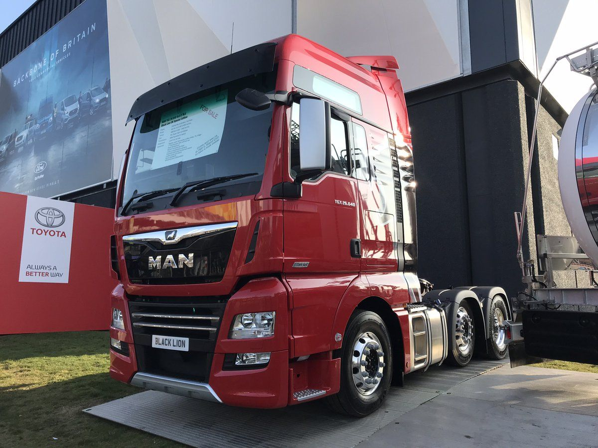 Man truck bu trucks commercial vehicle r oad transport