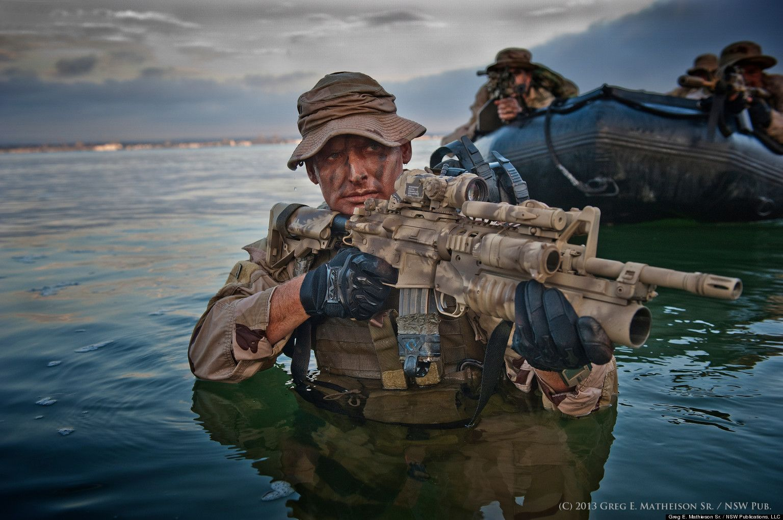 how to become a navy seal medic