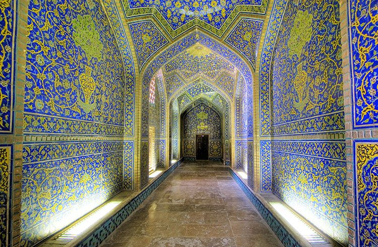Sheikh Lotf Allah Mosque Is One Of The Architectural Masterpieces - The mesmerising architecture of iranian mosques