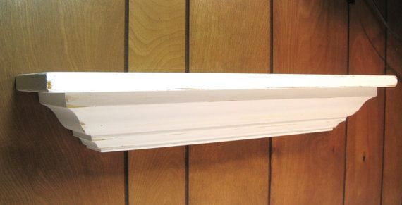"""FLOATING SHELF 24"""" Classic Crown Molding w/distressed"""