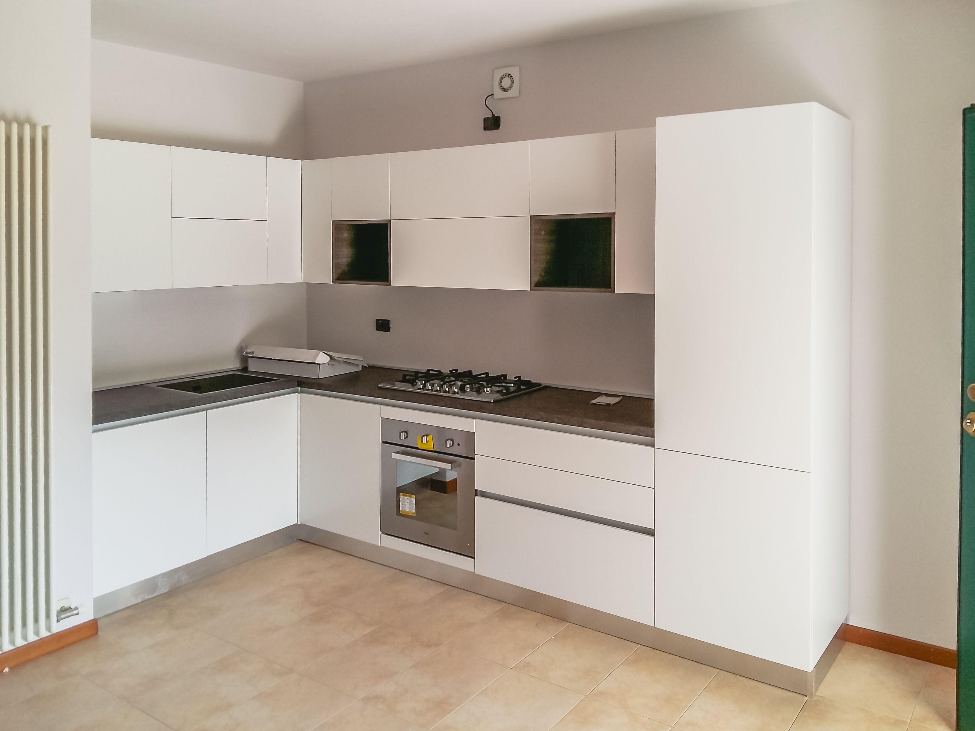 Cucina - Artec - Lungomare - laccato bianco opaco - gola ...