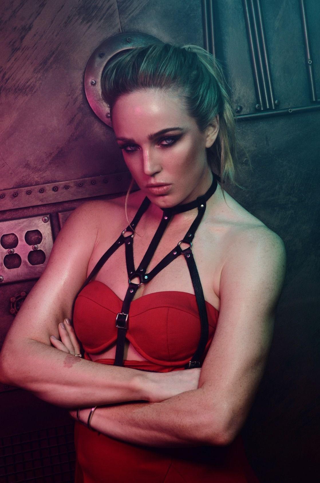 Caity Lotz Sexy - 2 New Photos naked (95 photos), Sideboobs Celebrites fotos