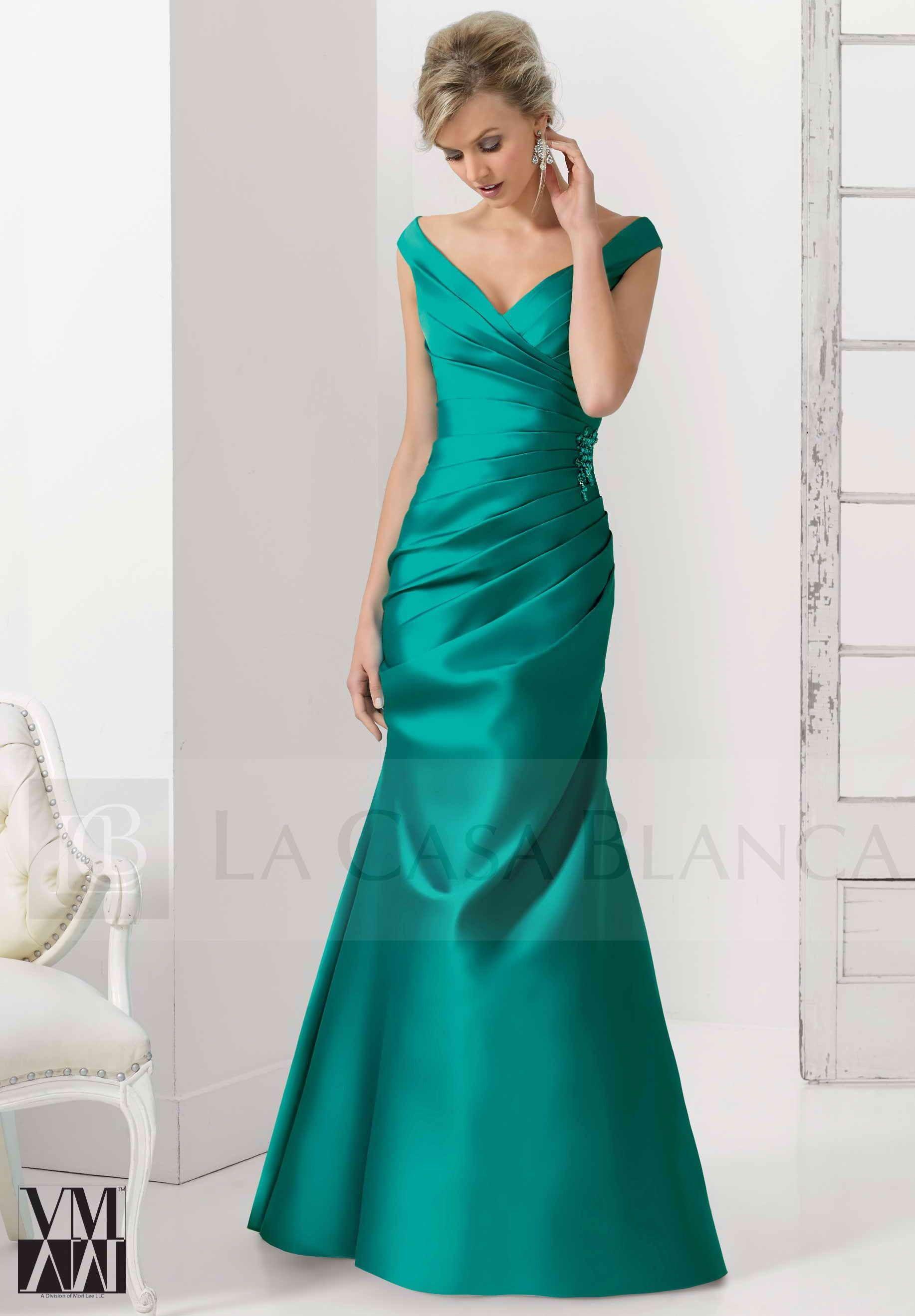 fe719c7f6 Vestido de Mori Lee ideal para las damas de honor en raso satinado.  Chile   Novias  Wedding  Love  Marriage  LCB  Vestido  Dress  Sueño  Vsco  Vscocam  ...