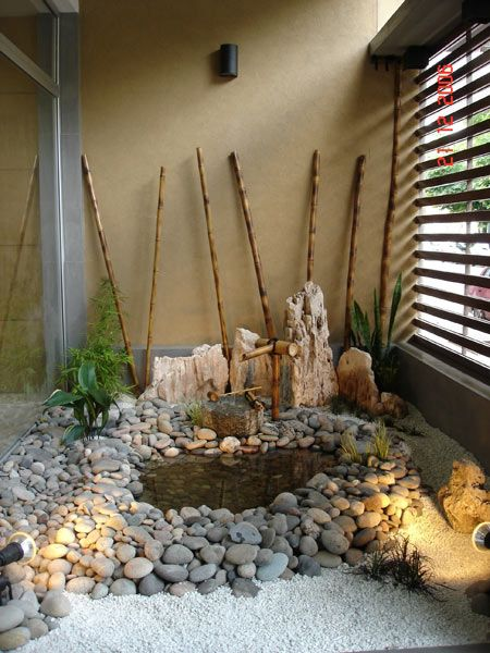 Como decorar patios internos plantas y jardines for Jardin japones interior