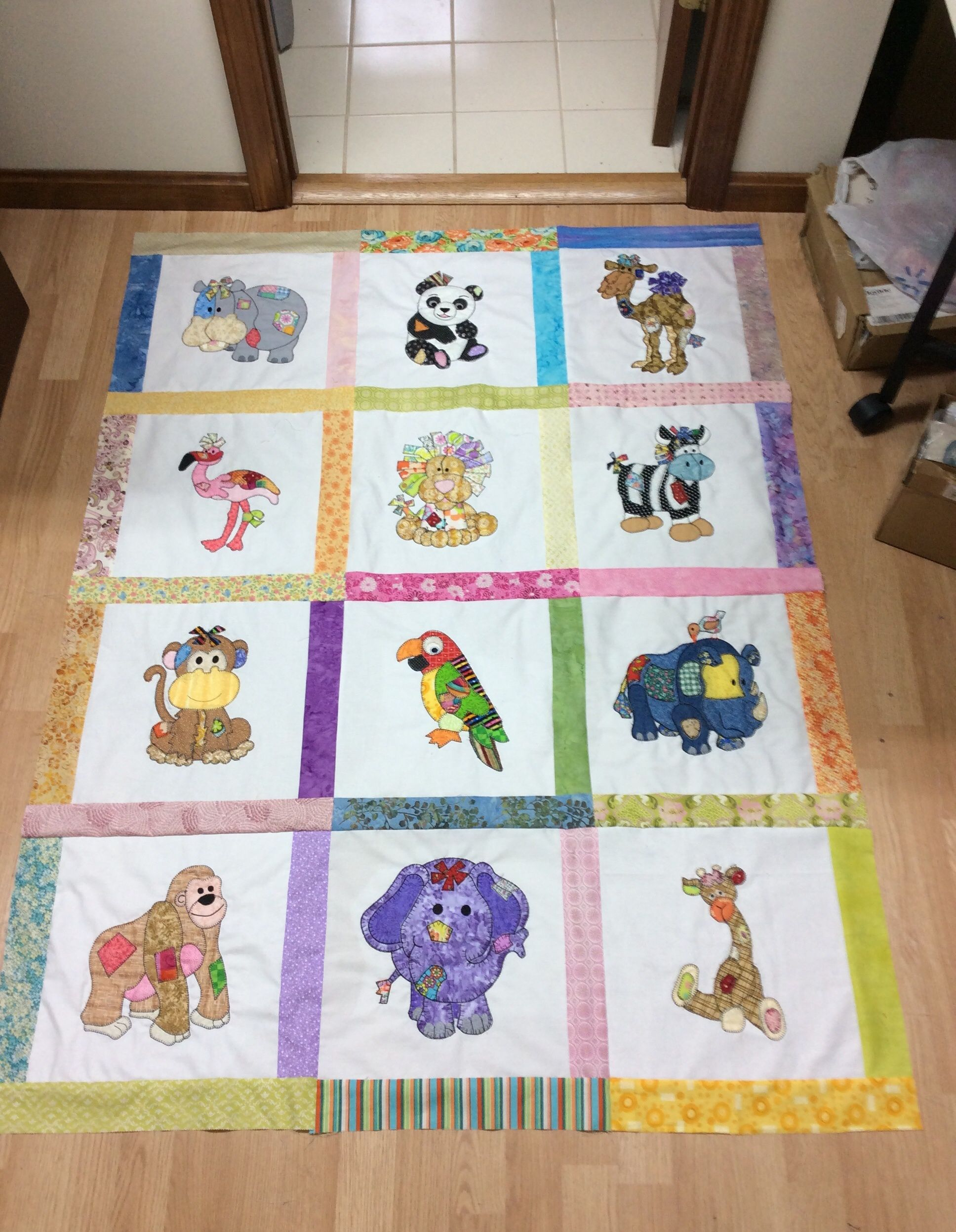 Appliqu 233 Baby Quilt Baby Quilts Baby Patchwork Quilt