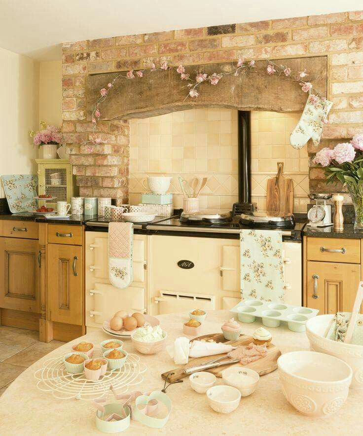23 Best Cottage Kitchen Decorating Ideas And Designs For 2019: Pin By Chloe* On Country Chic Interiors In 2019