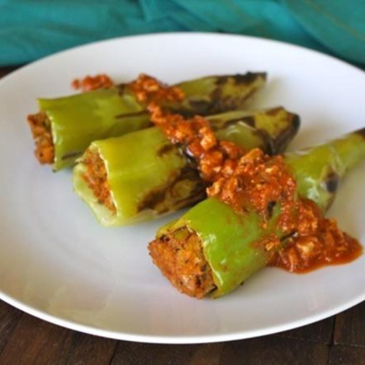 Stuffed And Grilled Hungarian Peppers Recipe Stuffed Peppers Peppers Recipes Stuffed Banana Peppers