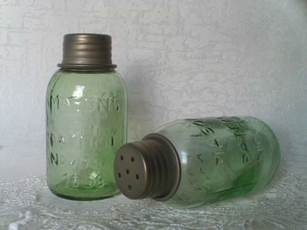 Unique Jointed Serpentine Six Wine Bottles or Mason Jars Holder Barn Roof Gray