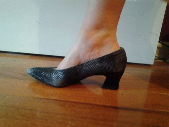 Cristina Rossi Pumps Made In Italy by sistersvintageattic on Etsy