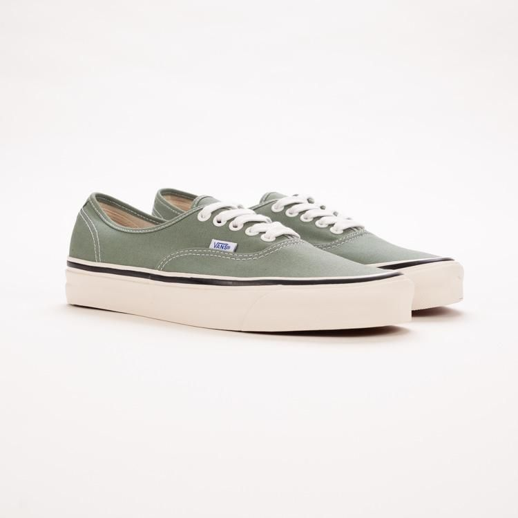 Cheap Vans Old Skool™ (SuedeSherpa) Grape LeafDusty Olive