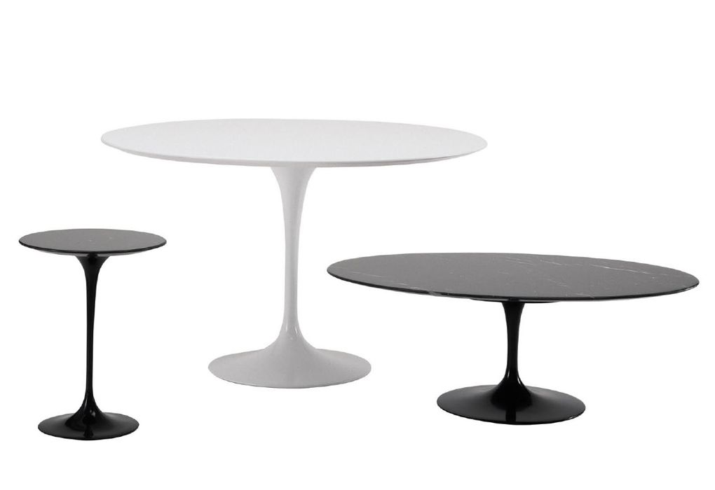 Tulip round dining table designed by Eero Saarinen at