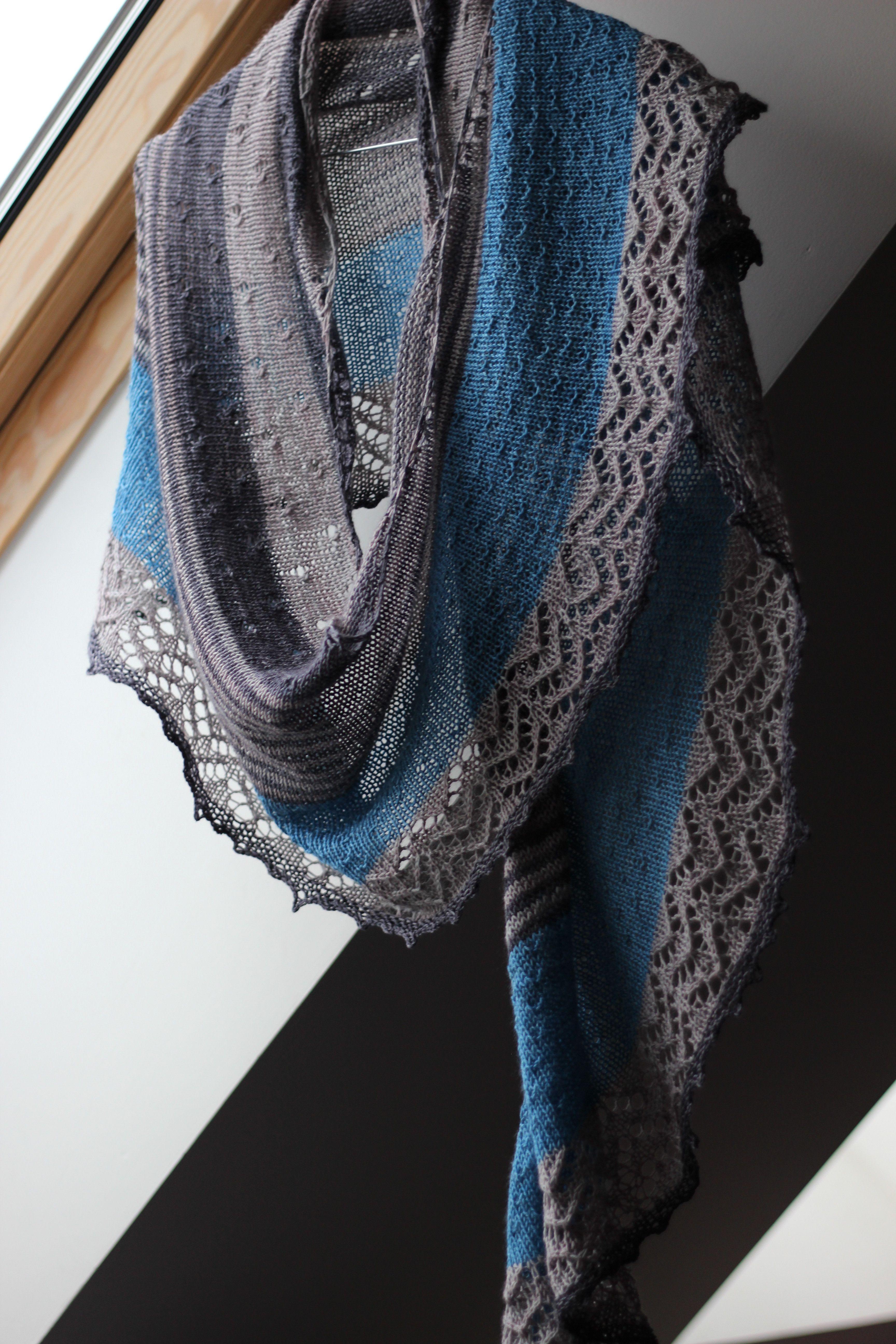3 Color Cashmere Shawl de Joji Locatelli - Maman Crotte