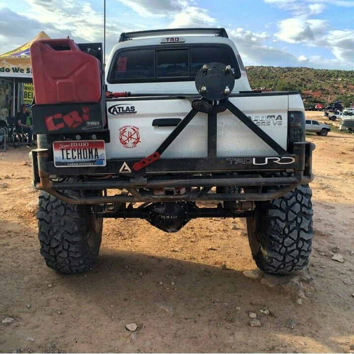 Rear Bumper Design Split In The Middle Tire Carrier One Side Jerry Cans On The Other Sweet Toyota Pickup 4x4 Overland Truck Truck Bumpers