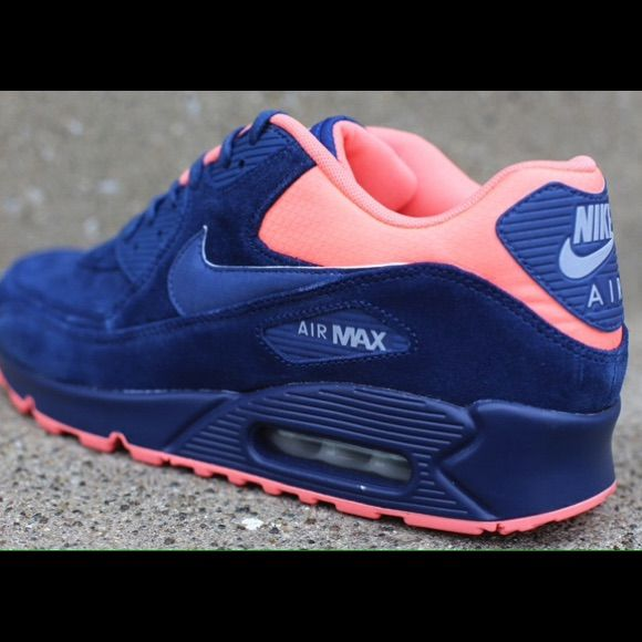 Nike Shoes | Brand New Nike Air Max Tennis Shoes. Bluepink