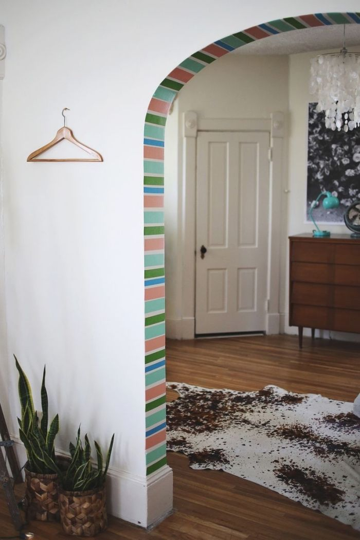▷ 1001 + idées petit budget de décoration de porte intérieure - Peindre Des Portes En Bois