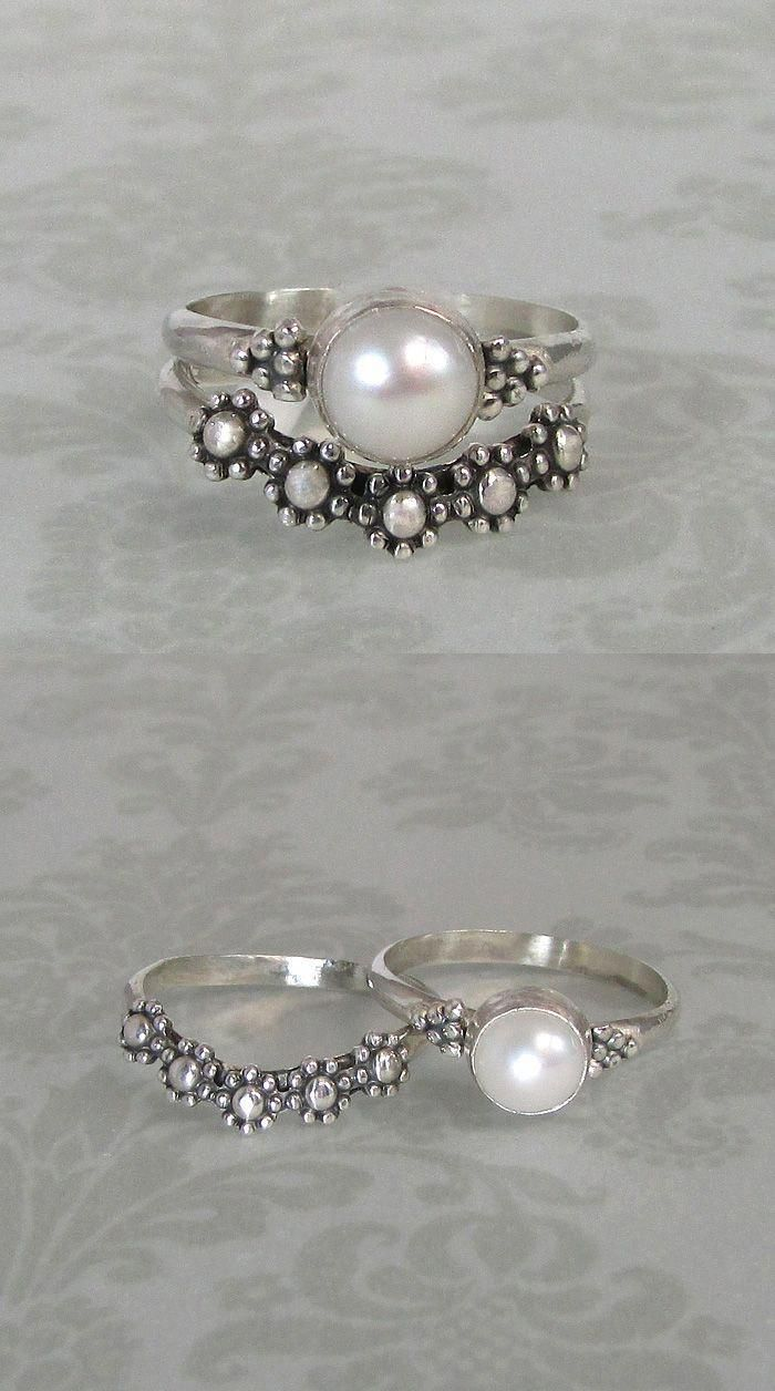 Vintage style,Victorian inspired pearl ring and floral