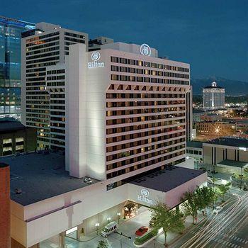 Hilton Exterior Night Time Hotel City Center Hotels Salt