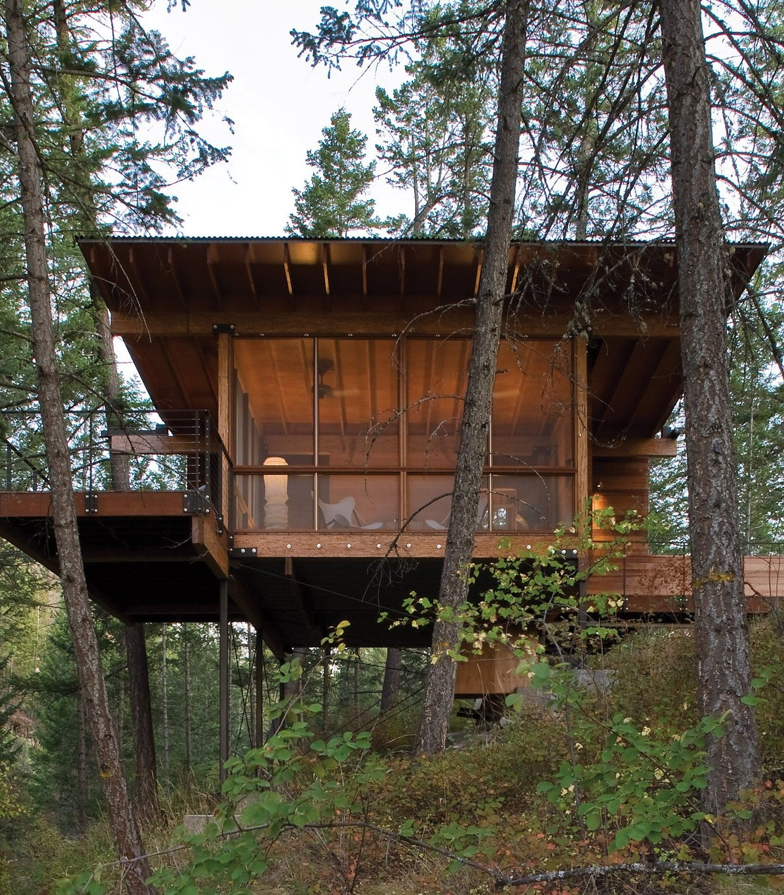Cottage On Stilts By Andersson Wise Architects: Rural Montana Cabin Is Built On A Granite Cliff Over