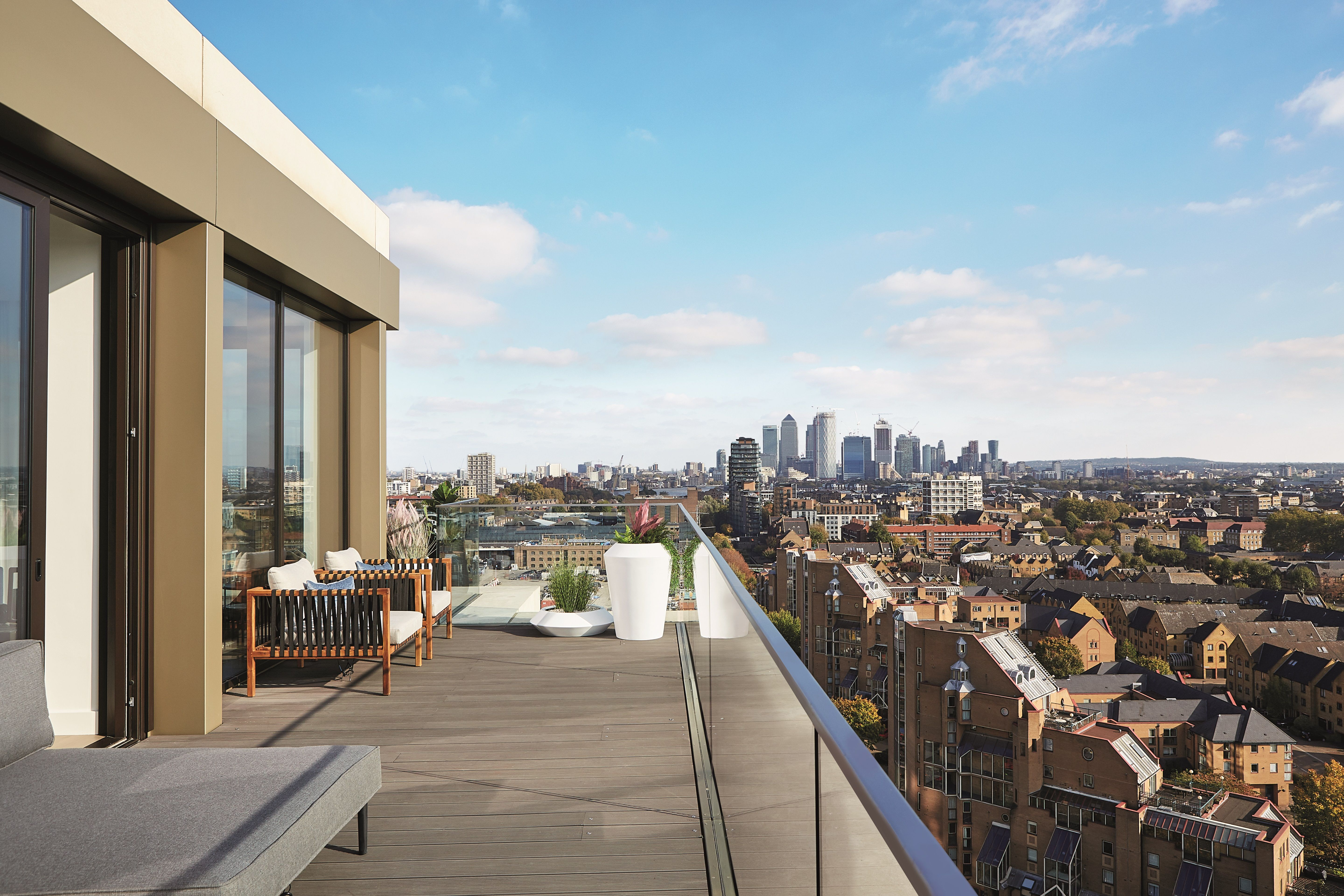 Stunning Penthouse Views Over The City From London Dock By St George With Images Penthouse View St George London