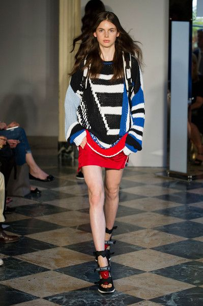 Fay Spring 2015 Runway Pictures - Livingly