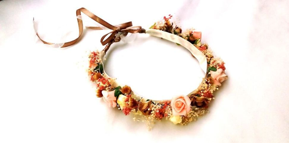 DIY como hacer una corona de flores para ocasiones especiales – Patrones gratis