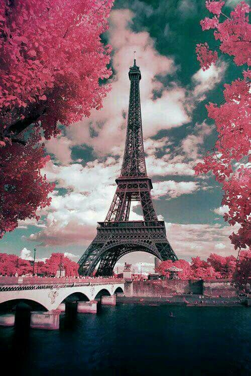 Spring In Beautiful Paris With Images Paris Wallpaper Eiffel Tower Beautiful Wallpapers
