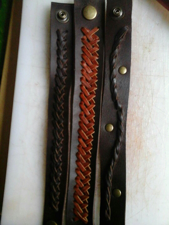 pulseras con diferentes tipos de trenzados, cuero primera calidad.piezas únicas