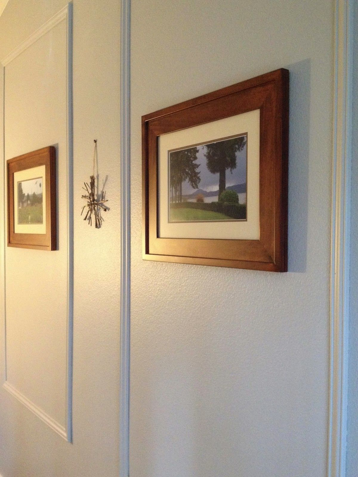 her lovely nest.: DIY feature wall - picture frame molding in the ...