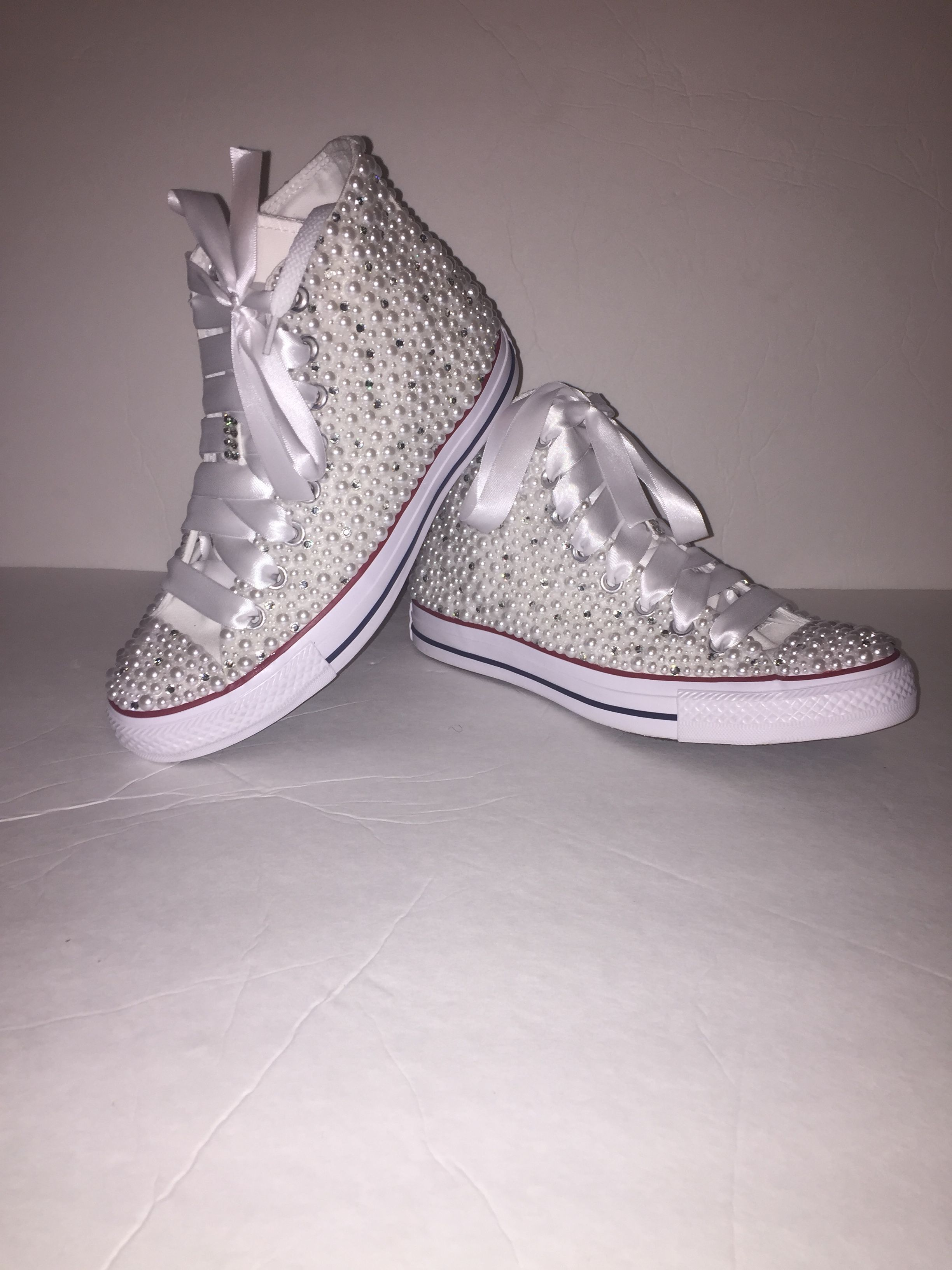 b660efe8d935a KIDS White Bling All Star Chuck Taylor Sneakers High-Top | White ...
