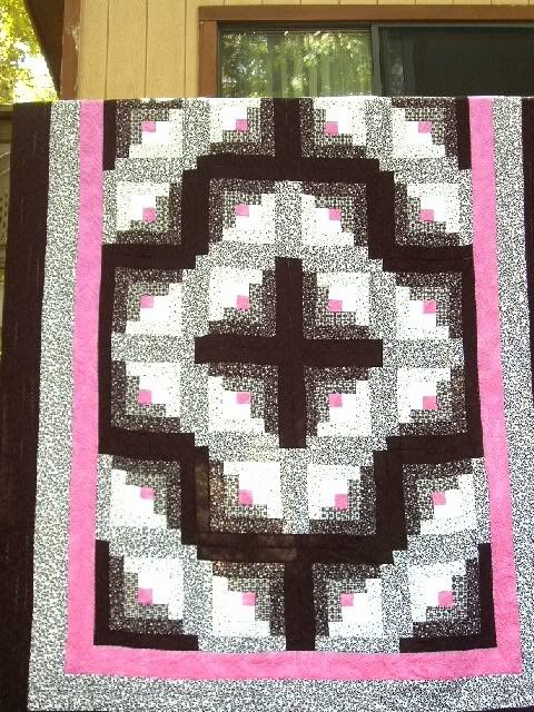 Queen size Log Cabin Black White and Pink Sale by MaryMackMadeMine