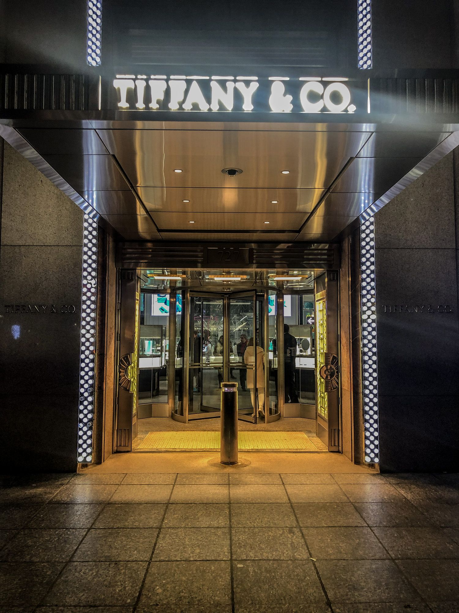Tiffany & Co, Ruta andando por Manhattan
