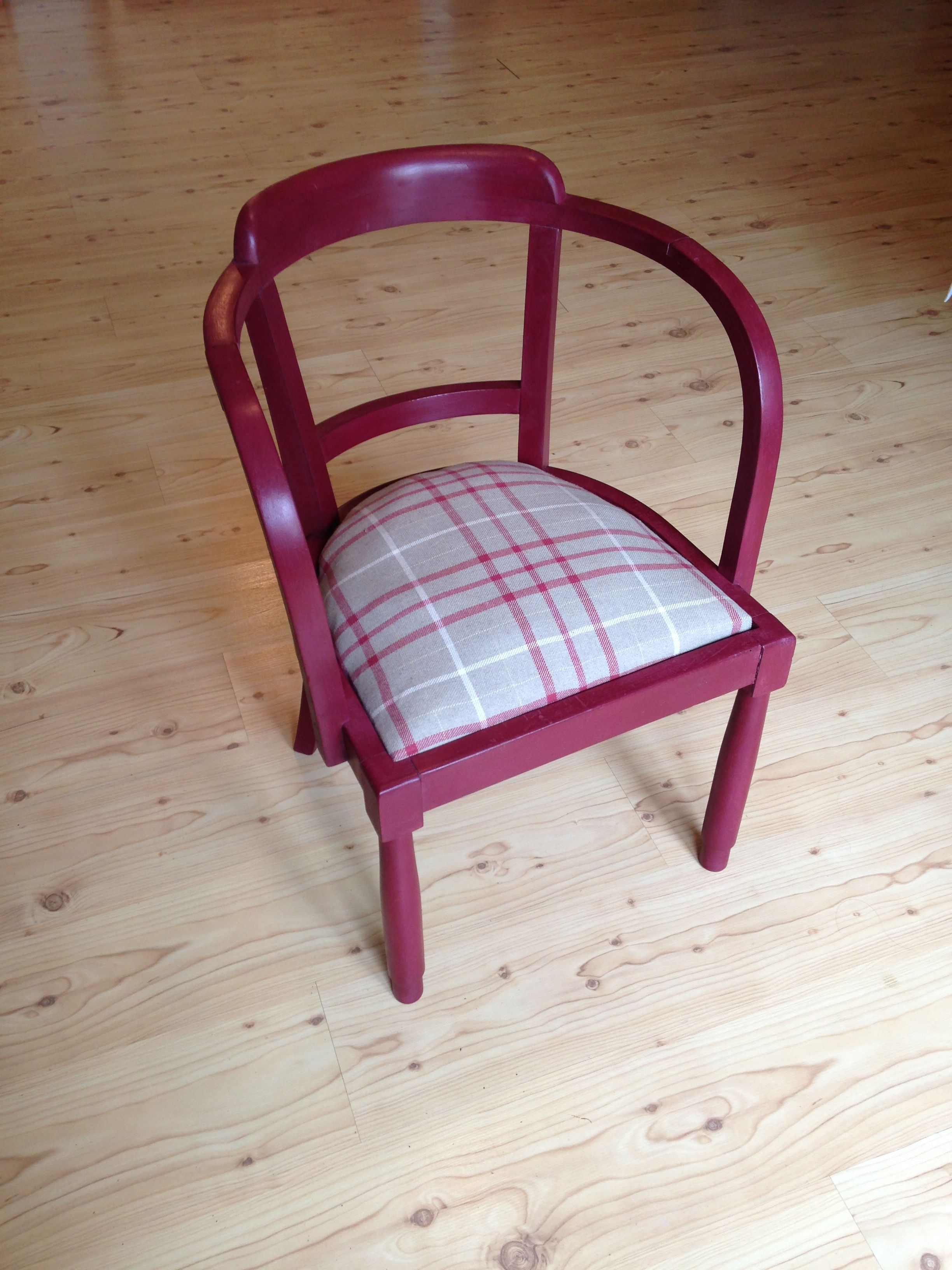 Reclaimed Chair Hand Painted In Annie Sloanu0027s Burgundy Chalk Paint.