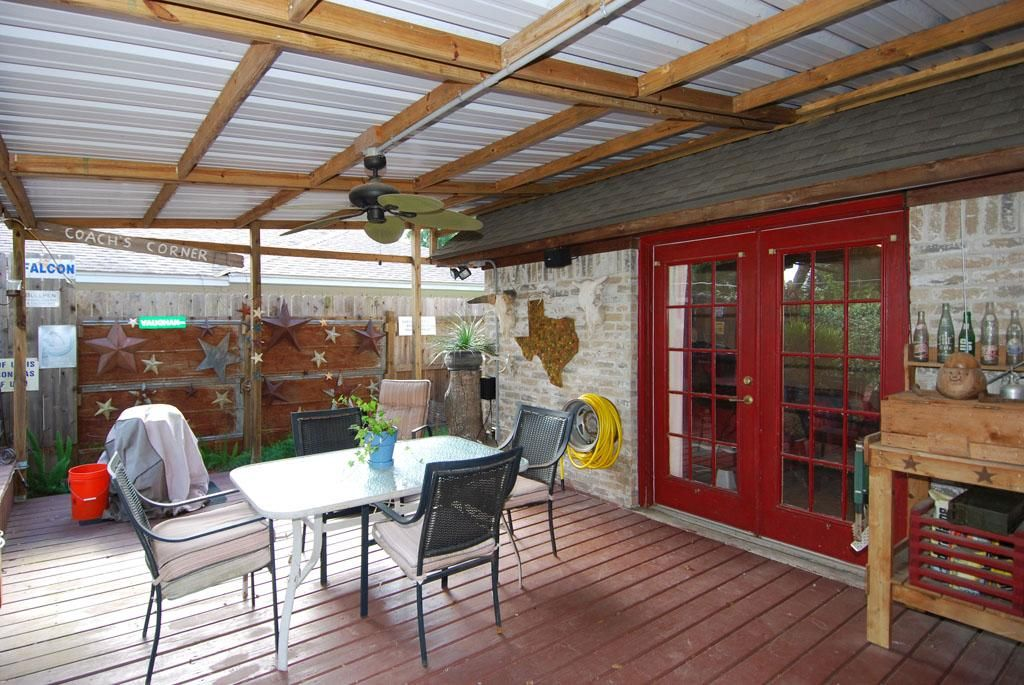 Nice I Love Everything About This Metal Roof Overhang Deck Flooring French Doors Metal Texas Signs Out Pergola Plans Design Roof Architecture Roof Styles