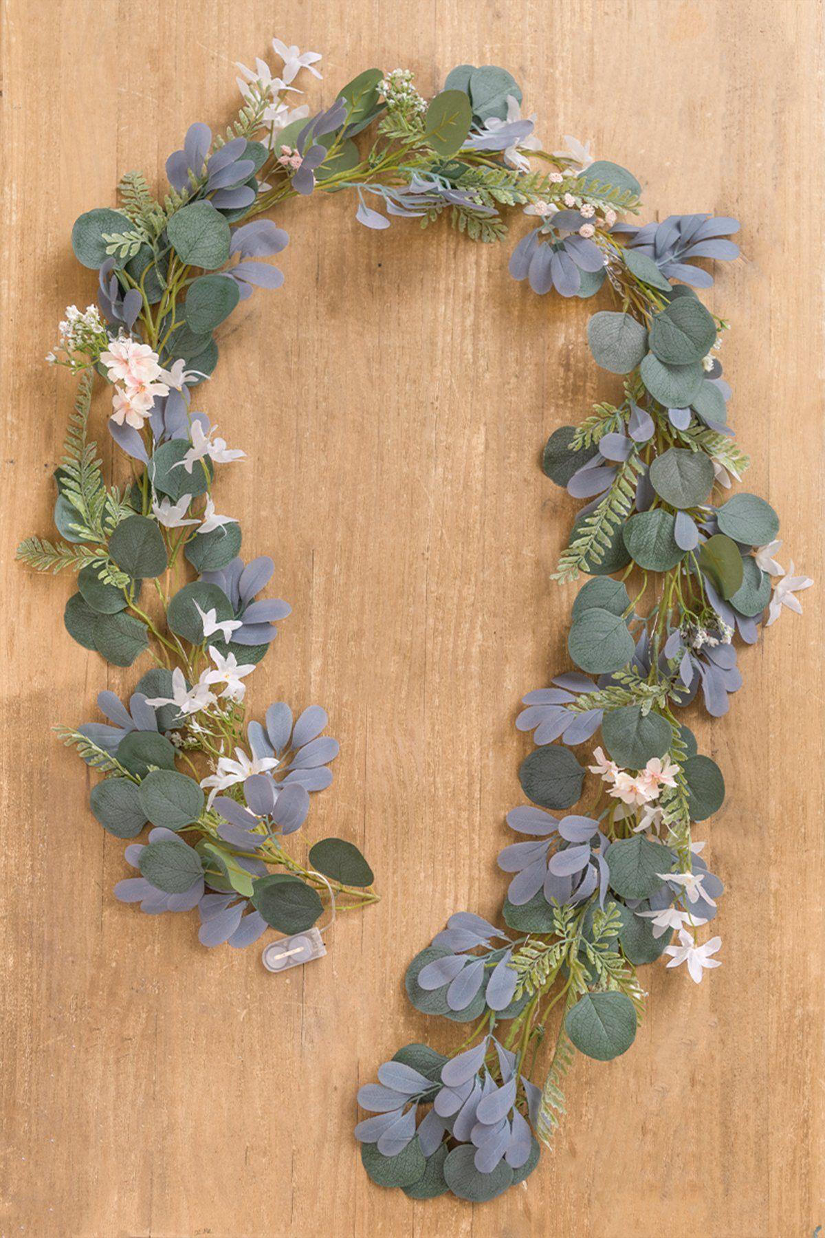 Garlands and Vines (15 Types) in 2020 Wedding arch, Garland