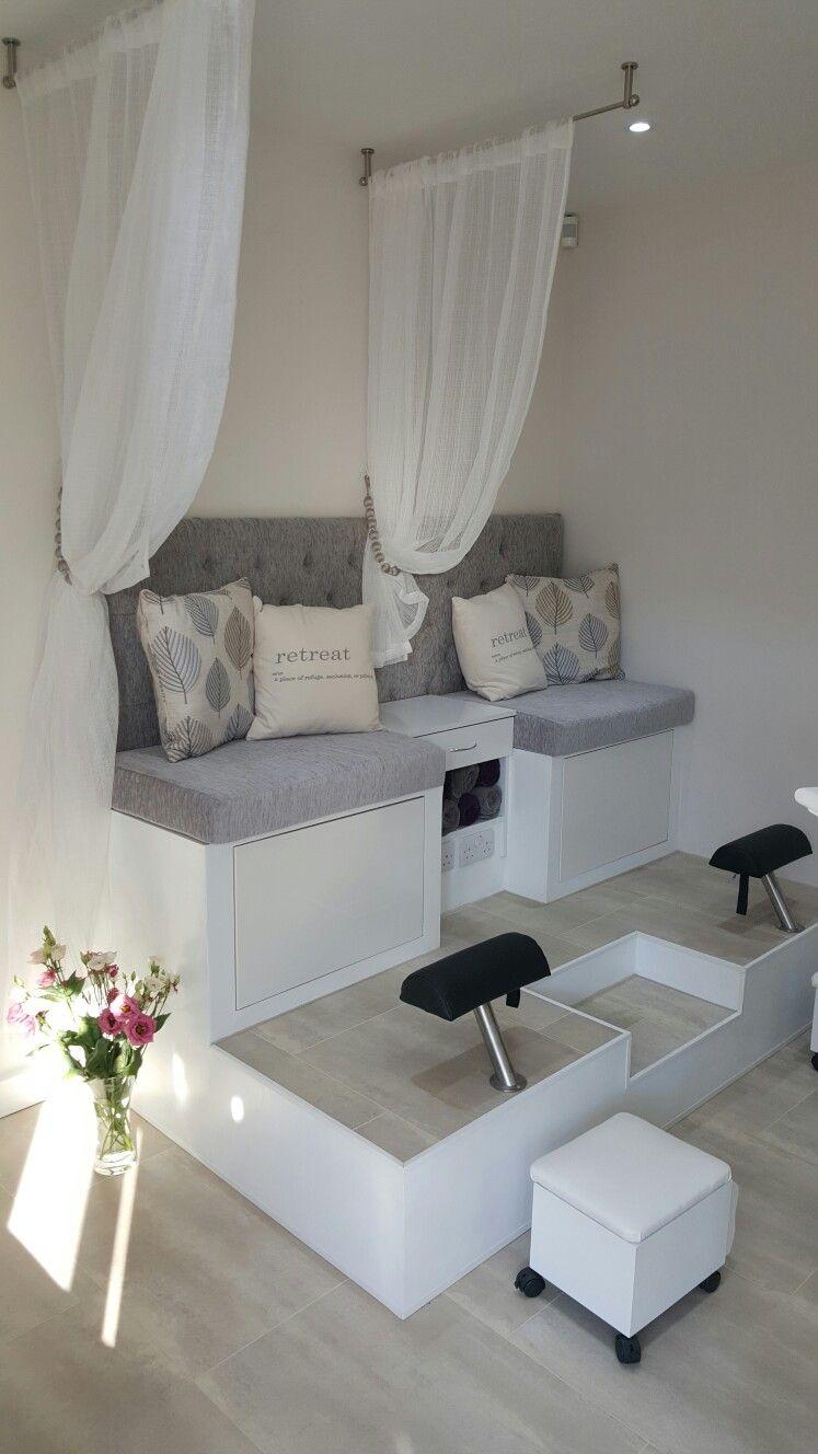 Small Mani Pedi Room