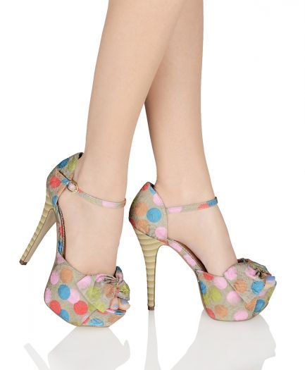 I think these shoes are just adorable