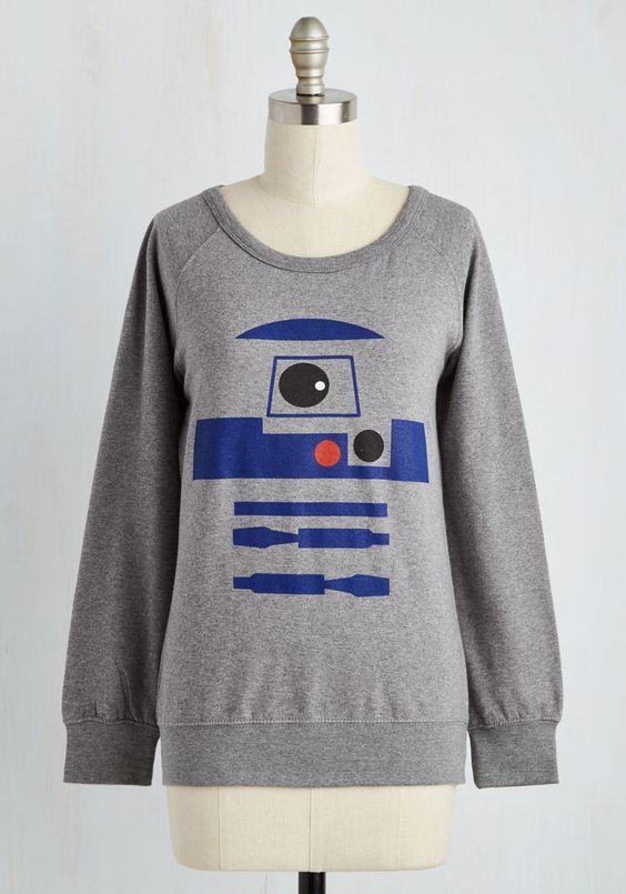 http://www.thekesselrunway.com/r2-d2-sweatshirt-at-modcloth/ #thekesselrunway #starwarsfashion
