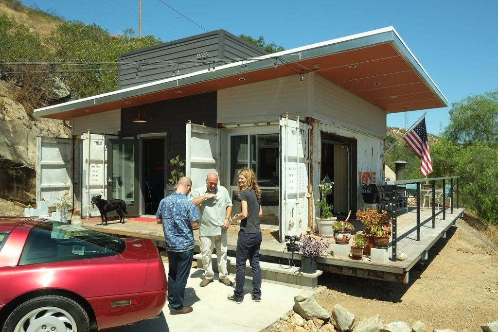 How much does it cost to build a shipping container house