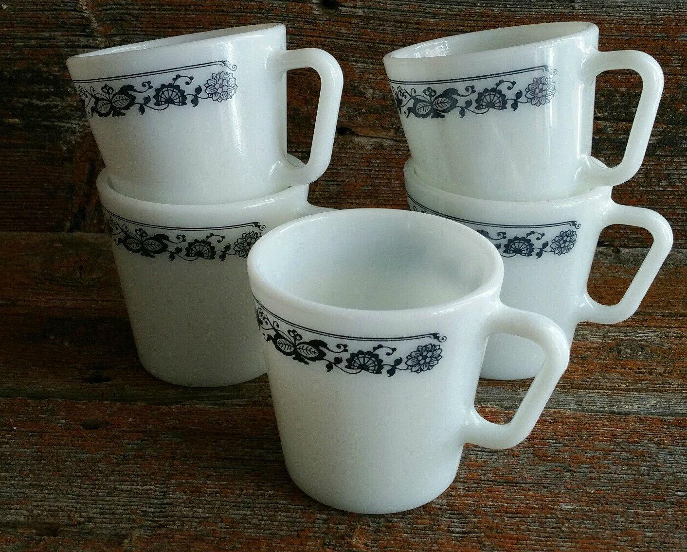 Vintage Pyrex Old Town Blue Coffee Mugs Set Of 5