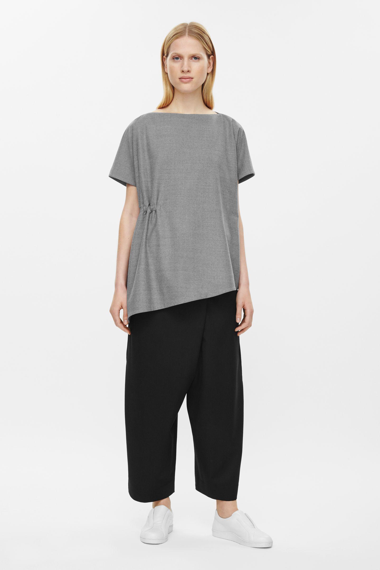 Top avec le côté rassemblé t恤 pinterest cos tops clothes and